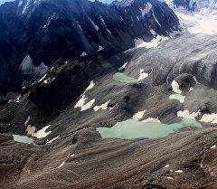 Высокогорные озера снятые оперативной группой специалистов МЧС и представителя природного парка Ала-Арча.