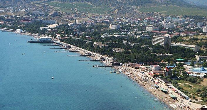 Побережье города Судака. Крым. Архивное фото