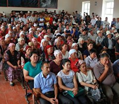 Митингге чыккандардын Казакмыс Голд Кыргызстан компаниясынын жетекчилери менен жолукту. Архив