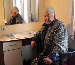 Кыргыз эл артисти, актер Мукамбет Токтобаев. Архив