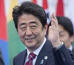 Япониянын премьер-министри Синдзо Абэ. Архив