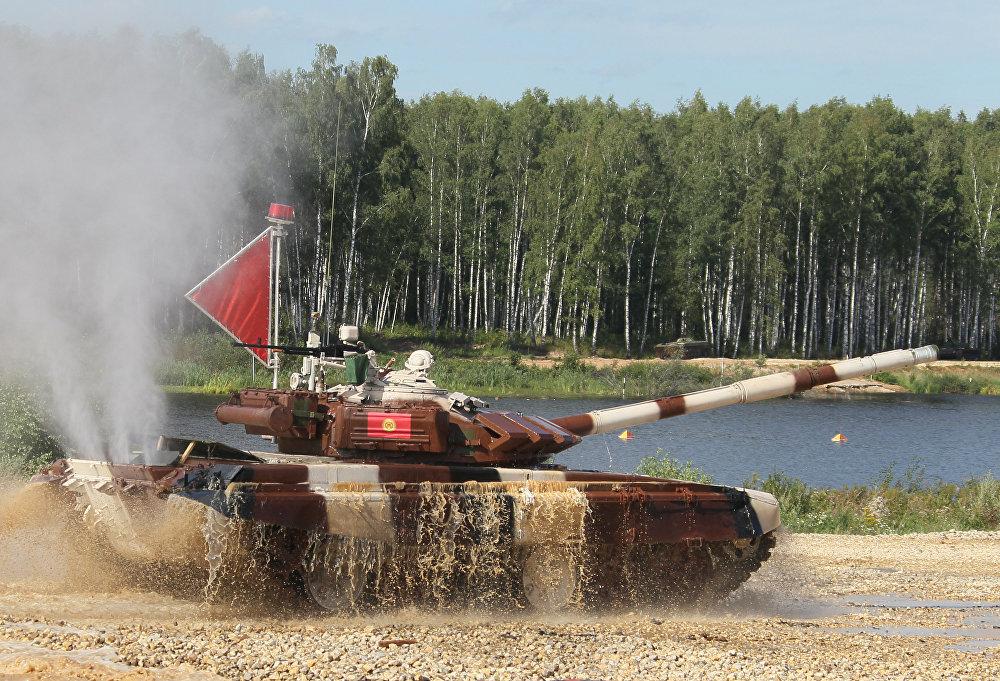 Жүргөн жолдордун татаалдыгынан улам, чемпионат учурунда танка оодарылып кеткен учурлар болду. Мындай окуяга Армениялык экипаж кабылды.