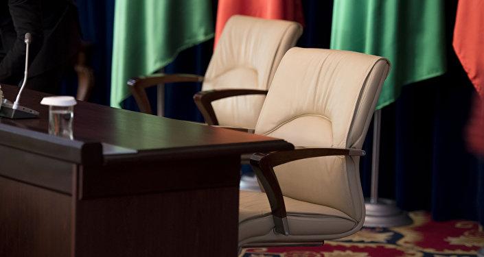 Кресло в резиденции президента КР. Архивное фото