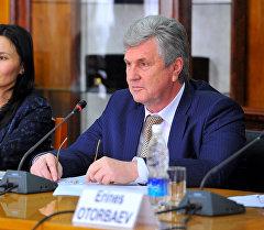 Кыргызс Республикасынын вице-премьер-министри Валерий Диль. Архив