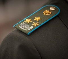 Погоны полковника военного офицера в КР. Архивное фото
