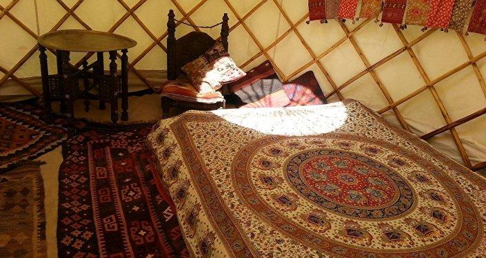 Идея заняться таким видом предпринимательства зародилась у англичанина после визита в Кыргызстан.