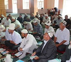 Мечиттеги имамдар. Архивдик сүрөт