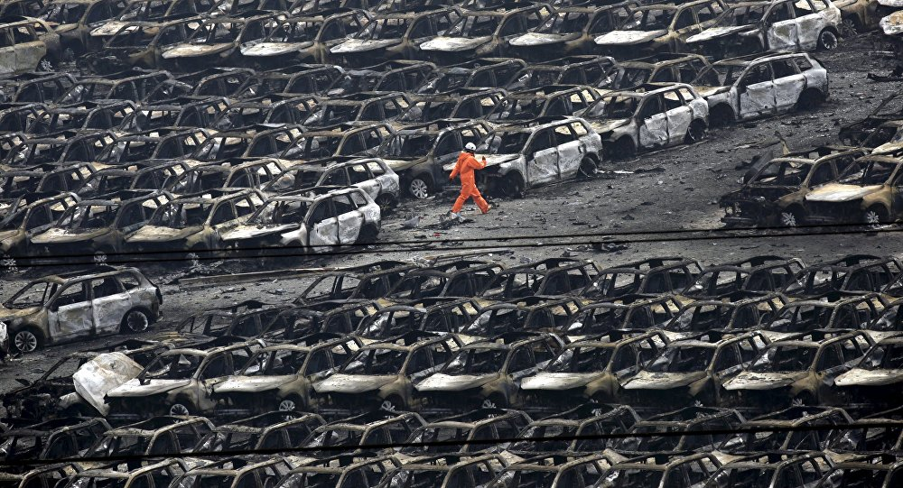 Взрыв в китайском Тяньцзине унес жизни как минимум 56 человек