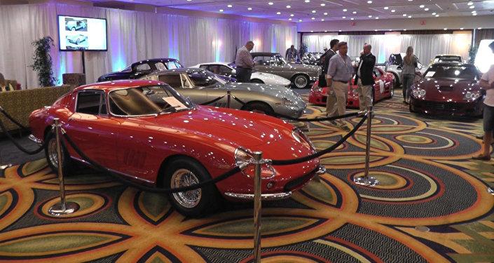 Уникальный Ferrari и Mercedes 1962 года: раритеты автопрома на аукционе в США
