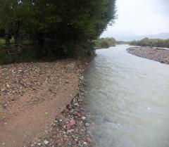 Река в селе Чырак Джети-Огузского района Иссык-Кульской области.