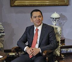 Өмүрбек Бабанов, экс-премьер-министр. Архив