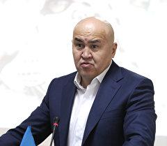 Жогорку Кеңештин депутаты Алтынбек Сулайманов. Архив