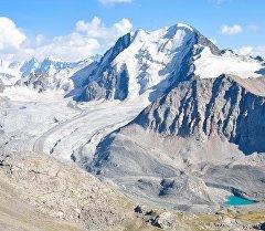 Горы Тянь-Шаня. Архивное фото