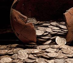 Монеталар. Архивдик сүрөт