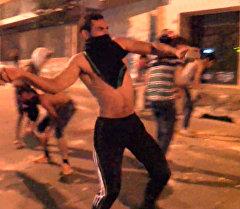 Мусорный митинг в Бейруте: протестующие закидали камнями полицейских
