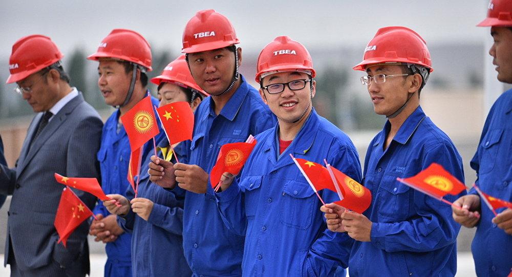 Картинки по запросу китайские рабочие в кыргызстане