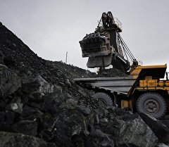 Добыча руды горно-обогатительном комбинате. Архивное фото