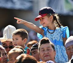 Горожане на праздновании Дня независимости в Бишкеке. Архивное фото