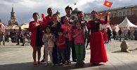 В семи странах мира соотечественники спели государственный гимн КР