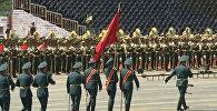 Тяньаньмэнь аянтында Атамбаев башка президенттер менен чогуу парадга к