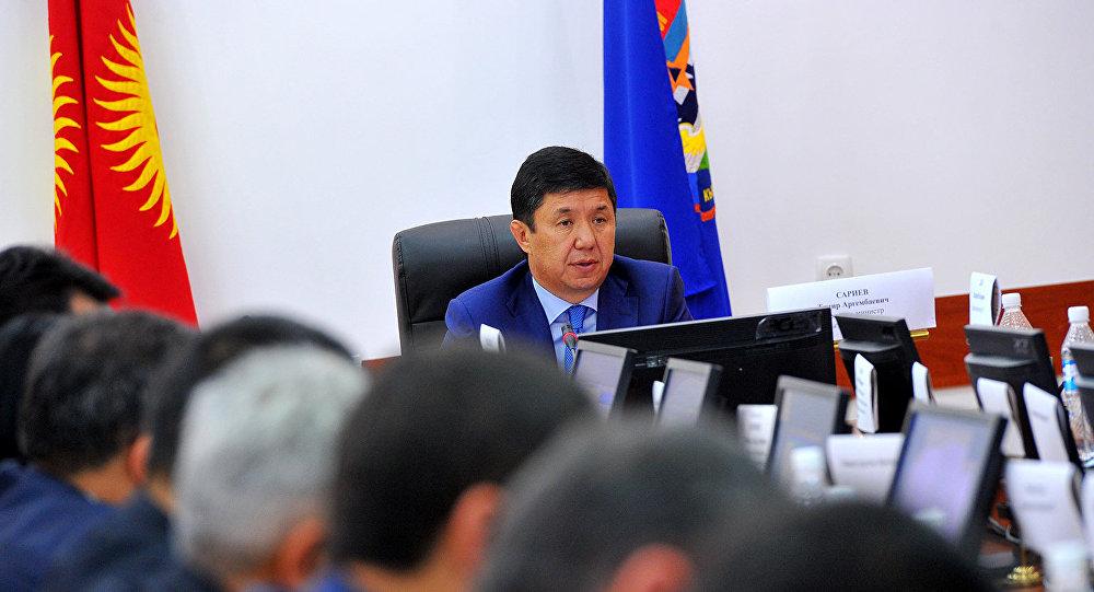Премь-министр Темир Сариев. Архив