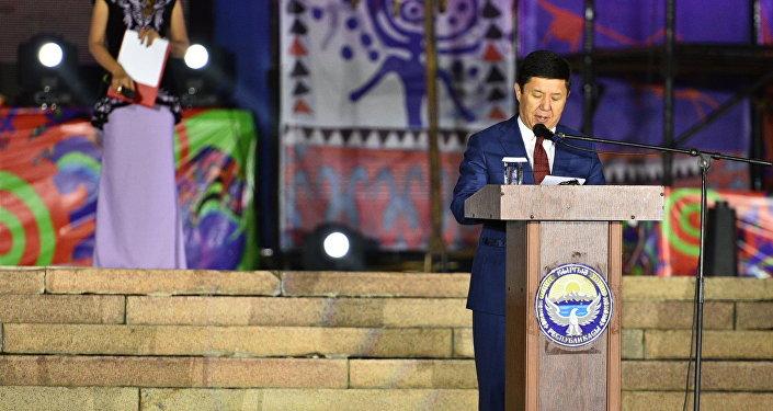 Фестивальдын ачылышына премьер-министр Темир Сариев катышты.