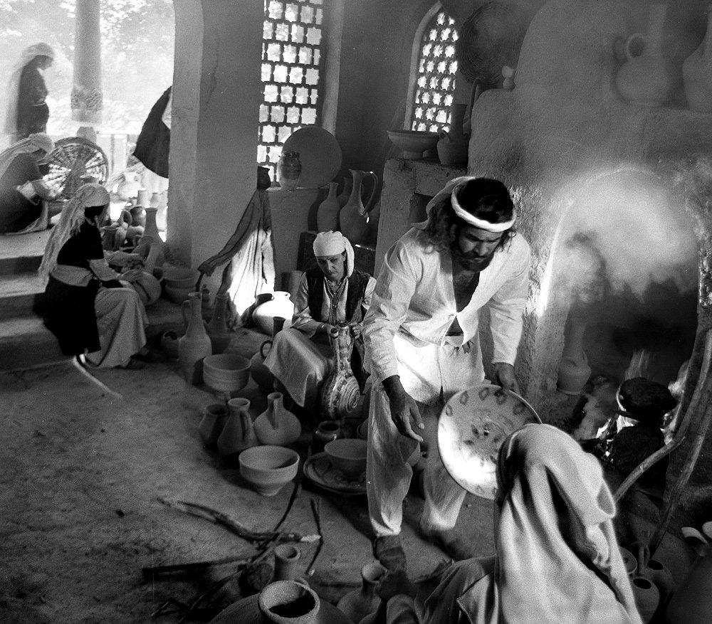 Карапачынын устаканасы. Байыркы Хива шаарынын курулуштары менен көчөлөрү…