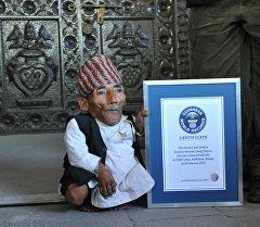 Самый маленький человек в мире Чандра Бахадур Данги.