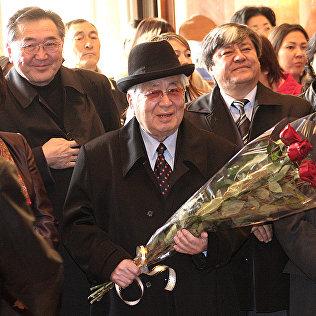 Видный государственный и политический деятель Турдакун Усубалиев. Архивное фото