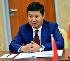 Архивное фото экс-премьер-министра Кыргызстана Темира Сариева