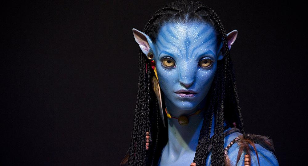 Образ персонажа в 3D из фильма Аватар навыставке в Париже. Архивное фото