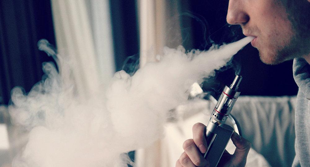 Учёные доказали вредное влияние электронных сигарет надесны