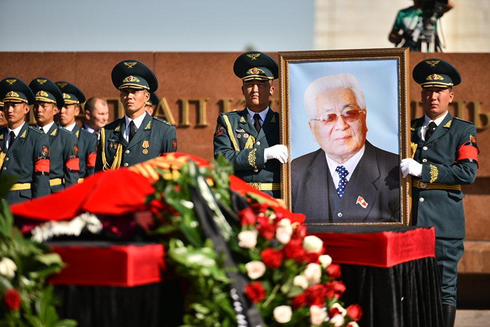 Кыргыз Республикасынын Эл баатыры Турдакун Усубалиев