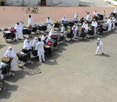 Мусульмане приезжие на Хадж в Мекку. Архивное фото
