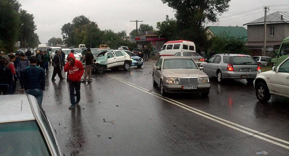 Страшная авария по Аламатинке в районе села Аламедин