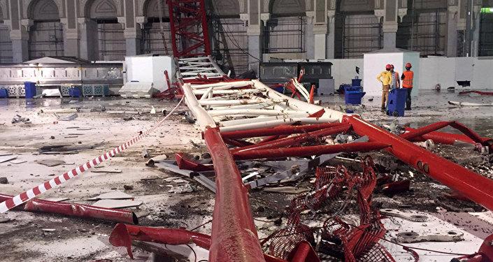 Упавший крана на мечеть в Мекке. Архивное фото
