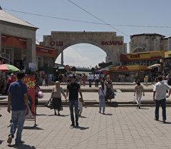 Бишкек шаарындагы Ош базары. Архив
