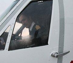 Пилот самолета. Архивное фото