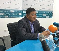 Республика — Ата-Журт партиясынан депутаттыкка талапкер Камчыбек Ташиев.