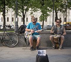 Уличные музыканты. Архивное фото