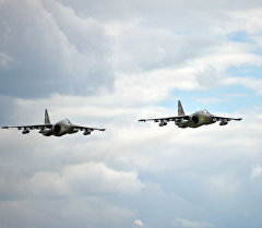 Су-25 учактары машыгуу учурунда. Архив