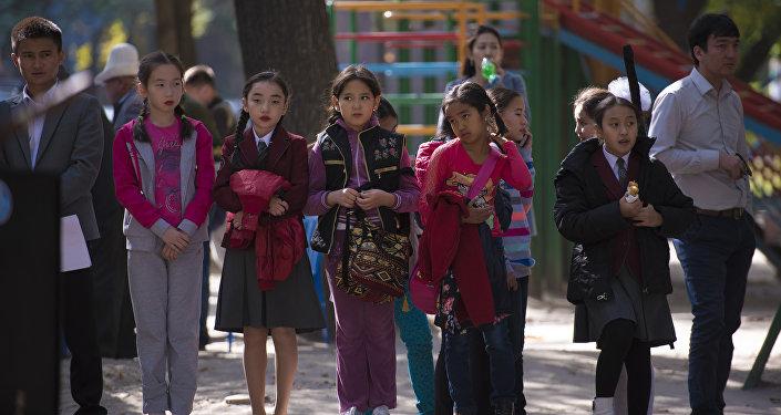 Основная цель акции — привлечь внимание общественности и государства к развитию групп самопомощи пожилых людей в Кыргызстане.