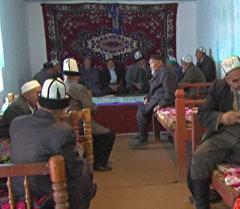Чайхана и баня — новый центр отдыха для пожилых жителей Баткена