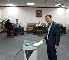 В Малайзии уже проголосовали 20 процентов проживающих там кыргызстанцев