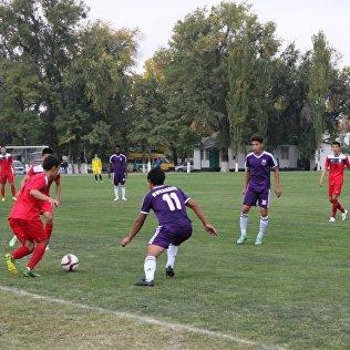 Футболисты национальной сборной оказались сильнее Абдыш-Аты