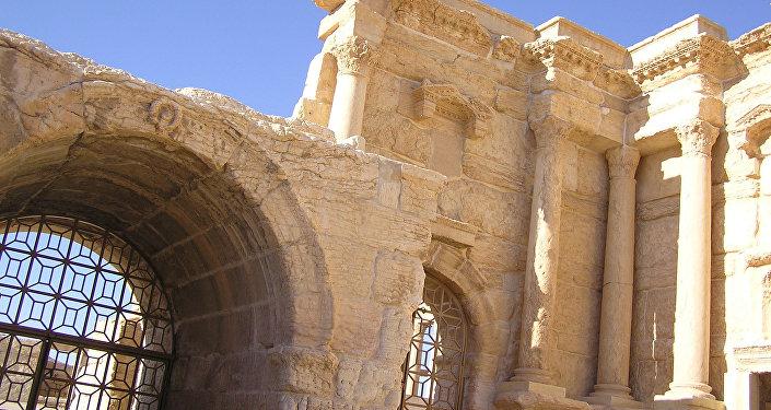 Развалины древнего города Пальмира (Тадмор) в Сирии. Архивное фото