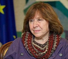 Известная белорусская писательница нон-фикшн Светлана Алексиевич. Архивное фото