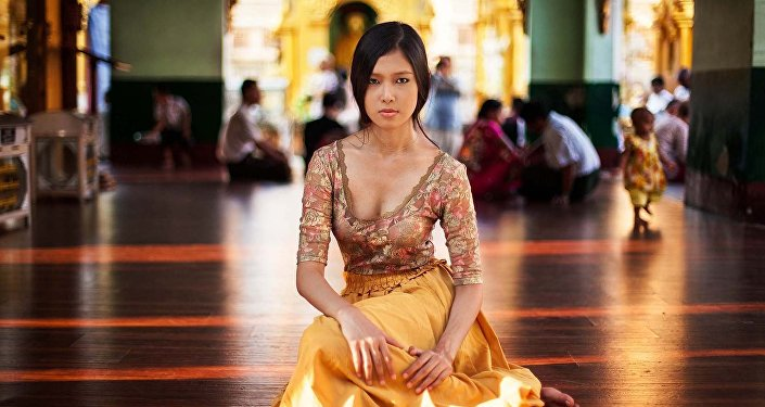 Элегантная красота и изысканные манеры девушек Мьянмы.