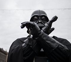 Персонаж фильма Звездные войны Дарт Вейдер. Архивное фото