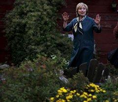 Хиллари Клинтон заявила в шутку, что она — биоробот
